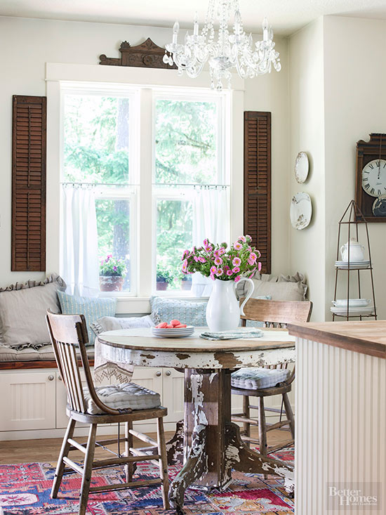 The Hallmark Of A Cottage Kitchen Is Comfort. Treat Guests To Plenty Of  Cushioned Seating, Fluffy Fabrics, And A Seating Area Thatu0027s Friendly  Rather Than ...
