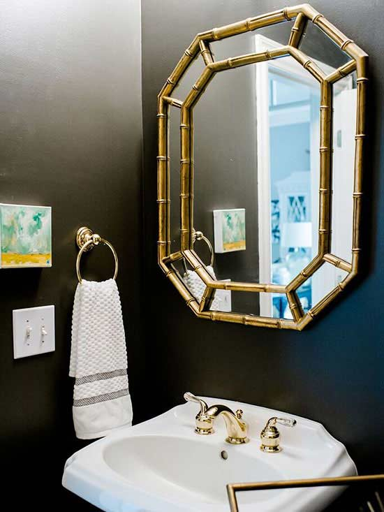 Beautiful Ways to Work Brass into Your Bathroom