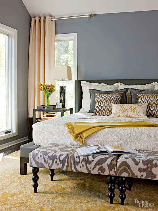 Tall Order. Don't be afraid to use impressive ideas in your small master  bedroom.