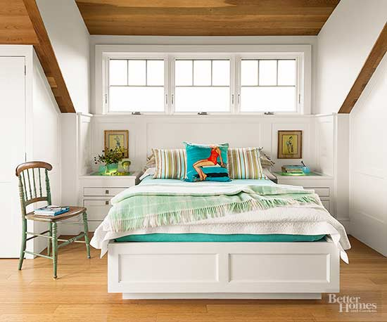 Create a Focal Point. How to Decorate a Small Bedroom