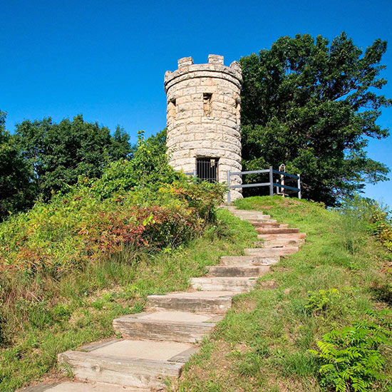 Top 10 Things for Active Travelers to Do in the Dubuque Area