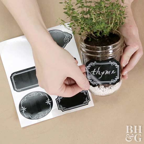 Display Your Jar Herb Garden! Thereu0027s No Limit To The Optionsu2014try Mason Jar  Wall Decor, Mason Jar Hangers, Or As Shown Below, A Vintage Milk Carrier  That ...