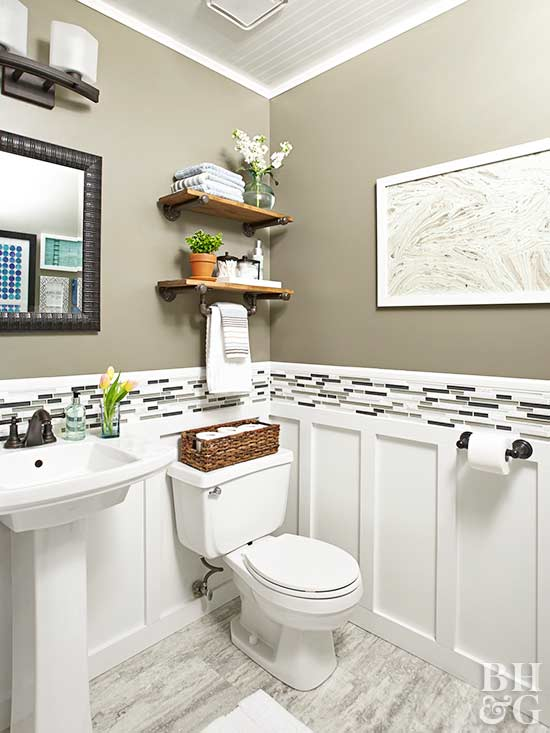 Renovation rescue small bathroom on a budget for Pictures of renovated small bathrooms