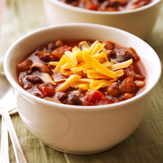 Easy Vegetarian: Super Bean Vegetarian Chili