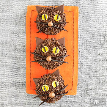 Oh, So-Cute Halloween Cupcakes