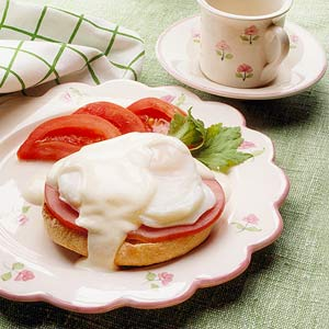 Lower-Fat Eggs Benedict