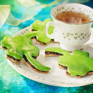 Irish Black Bun Shamrock Cookies