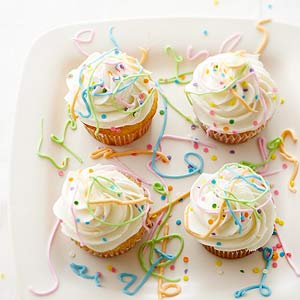 Easy Confetti Celebration Cupcakes