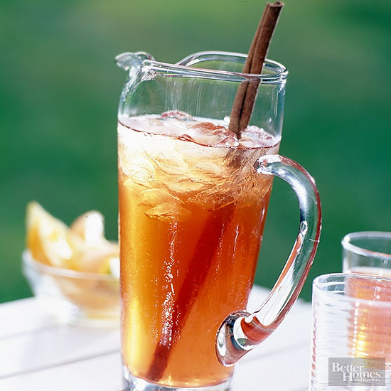 Spiced Cranberry Tea Punch