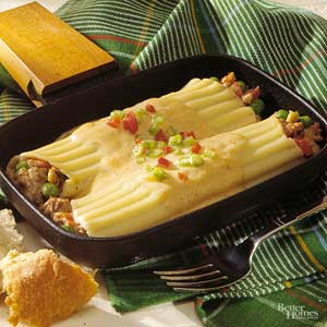 Stuffed Manicotti with Peppery Cheese Sauce