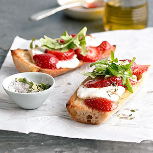 Strawberry-Goat Cheese Bruschetta