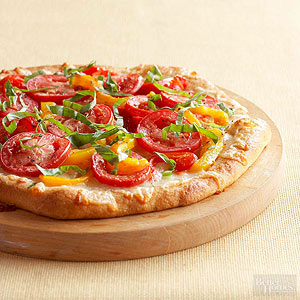 Cheesy Red Pepper Pizza