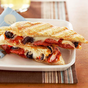 Pepperoni-Olive Grilled Cheese
