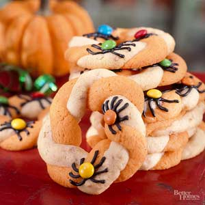 Spidery Cookie Wreaths