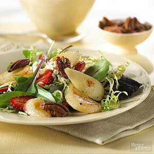 Mesclun Salad with Roasted Pears and Walnuts