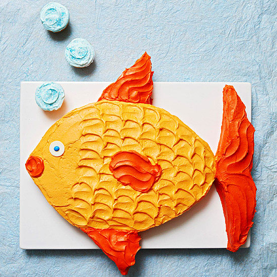 Fish Shaped Cupcake Cake