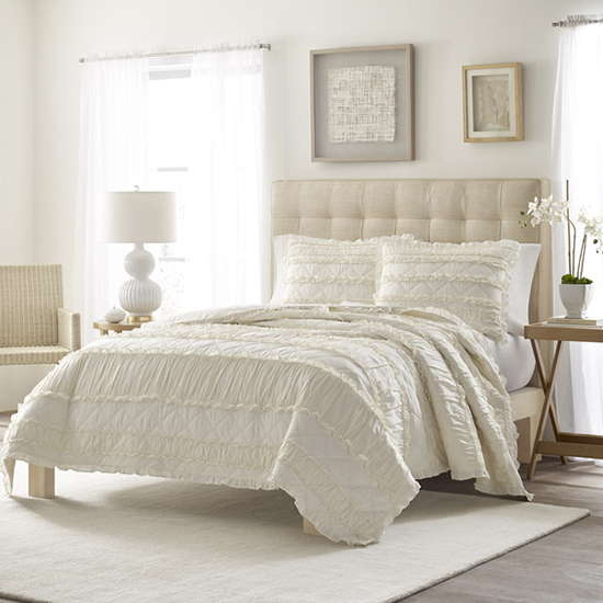 Looking To Add A Beautiful And Stylish Touch To Your Master Oasis? Pick Up  This Gorgeous Ivory Ruffled Quilt For An Easy Upgrade. This Quilt Will Look  Great ...