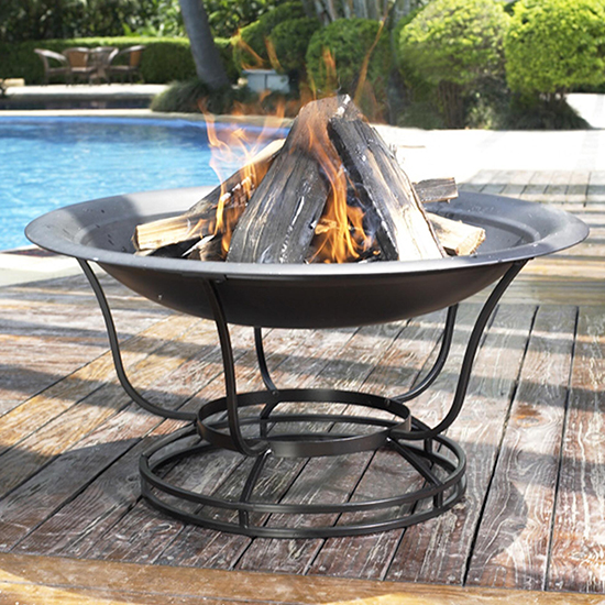 Deal of the Day: Backyard Fire Pit Sale