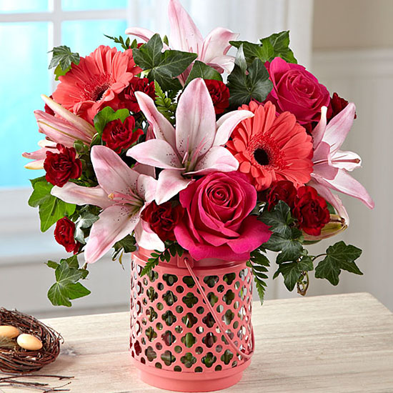 Deal of the Day: Same Day Delivery on FTD Flower Arrangements & 10% Off