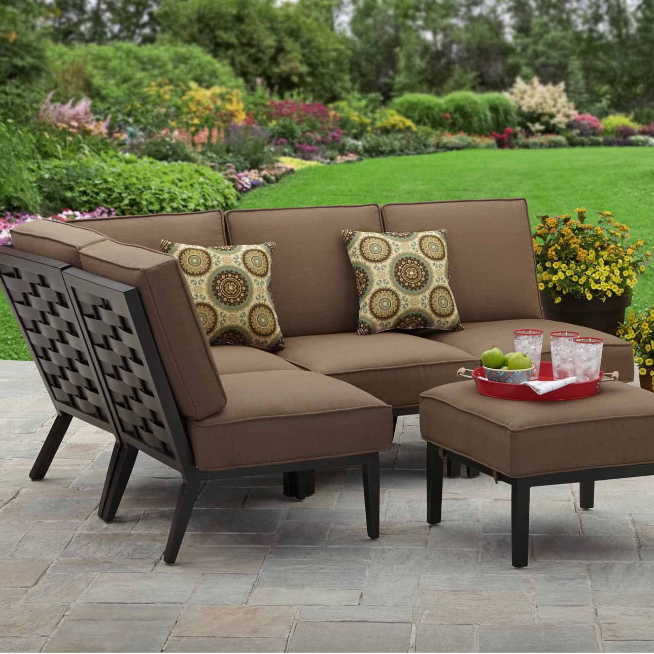 Deal of the Day: $300 Off Better Homes and Gardens 5-Piece Sectional Set