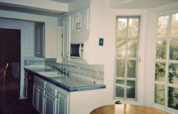 Before & After Kitchen Renovations: Contemporary Kitchens