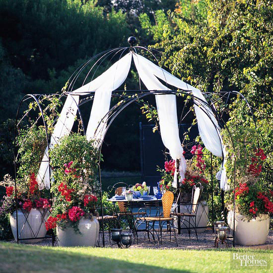 Arbor Design Ideas: Metal Arbors
