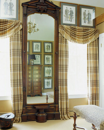 Bedroom Window Treatments: Traditional Panels and Valances