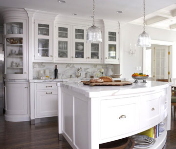 Kitchens with Curves