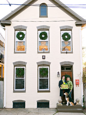 Home Tour: A Small Home Gets Dressed for the Holidays