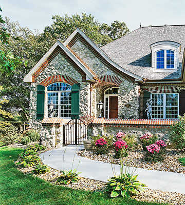 Cottage-Style Exteriors
