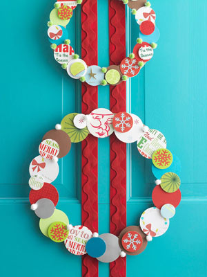 Pretty Paper Holiday Wreaths
