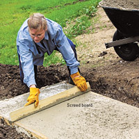 Forming a concrete pad, Screed concrete