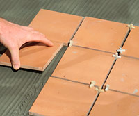 Set tile with spacers
