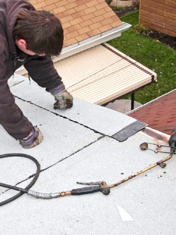 Installing Modified Bitumen Roofing How To Install