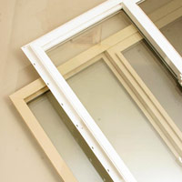Flanged and block-framed windows