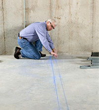 Snap chalk lines