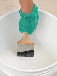 Soak brush