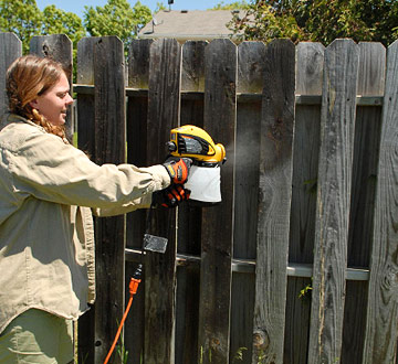 spraying a wood fence requires the same preparation as brushing it but. Black Bedroom Furniture Sets. Home Design Ideas
