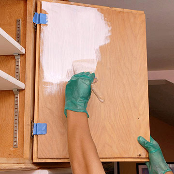 Painting cabinets and cabinetry how to paint any for Best brush for painting cabinets