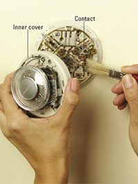 Clean thermostat