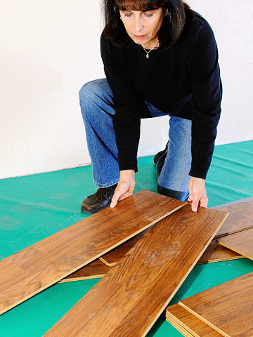 How To Use Leveling Compound Before Laminate Flooring Diy