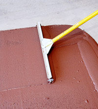 Spread finish with squeegee