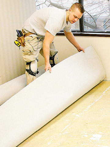 installing glued and seamed carpet how to install carpeting flooring installation diy advice. Black Bedroom Furniture Sets. Home Design Ideas