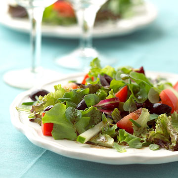 Mixed greens with herbed balsamic vinaigrette diabetic living online mixed greens with herbed balsamic vinaigrette forumfinder Choice Image