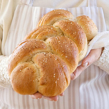 Perfect Water and Whole-Wheat Challah | Diabetic Living Online