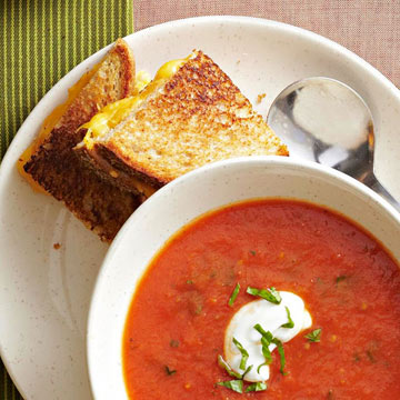 Roasted Tomato Soup and Grilled Cheese Sandwiches | Diabetic Living ...