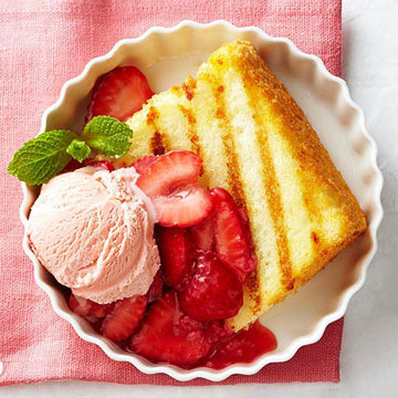 Grilled angel food cake with strawberry sauce diabetic living online grilled angel food cake with strawberry sauce forumfinder Image collections