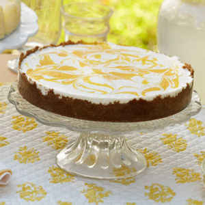 No-Bake Cheesecake with Gingersnap Crust and Mango Puree