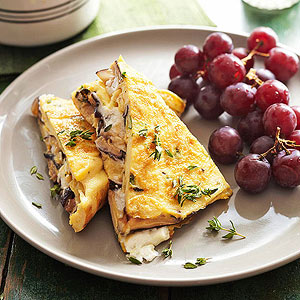 Pastel Omelet with Shiitake Mushrooms, Goat Cheese, and Fresh Herbs ...