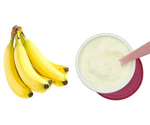 Bananas and yogurt